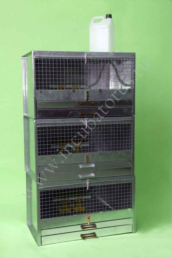 Брудер для цыплят на 150-210 голов (три яруса) БР-150-3я